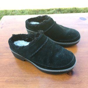 Ugg Lynwood Clog Suede Wool Shoes